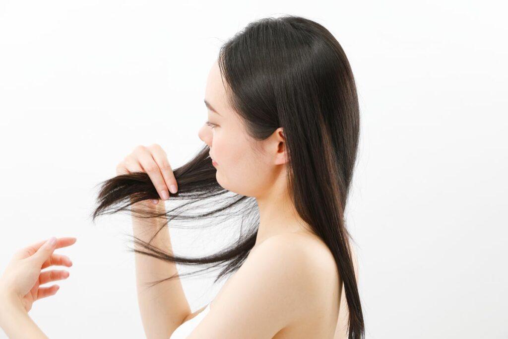 肌や髪のトラブルはタンパク質不足かもしれません。
