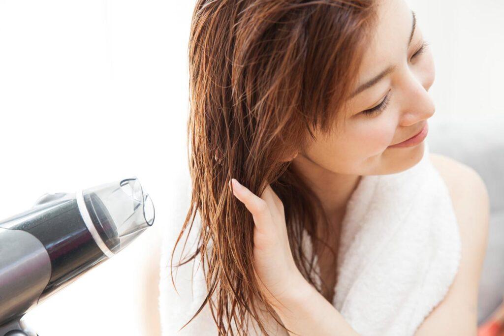 髪質改善するなら洗い流さないトリートメントがおすすめ